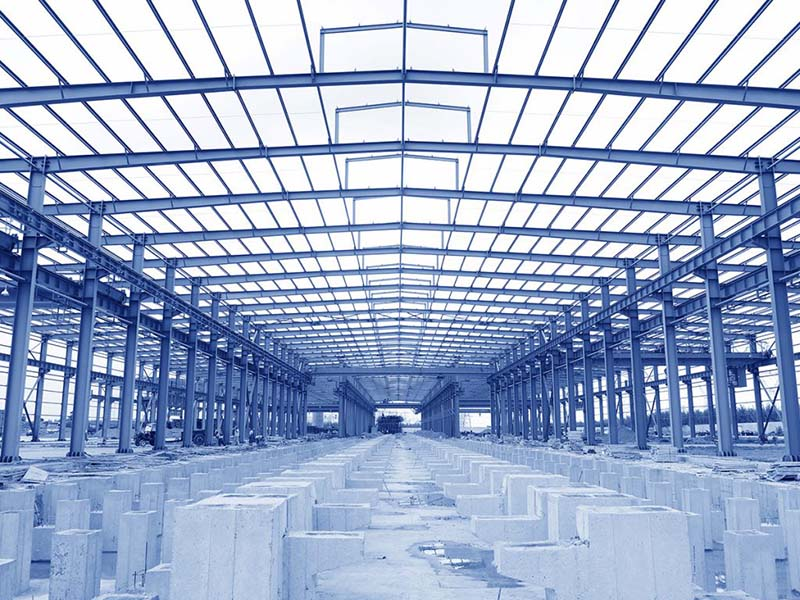 Staviame priemyselné objekty a montované haly