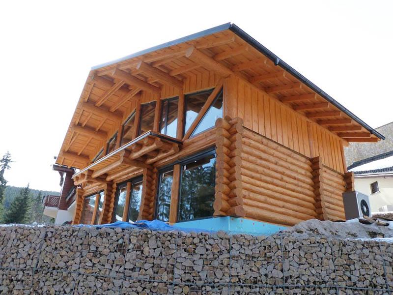 Drevený zrubový dom na kľúč v obci Donovaly